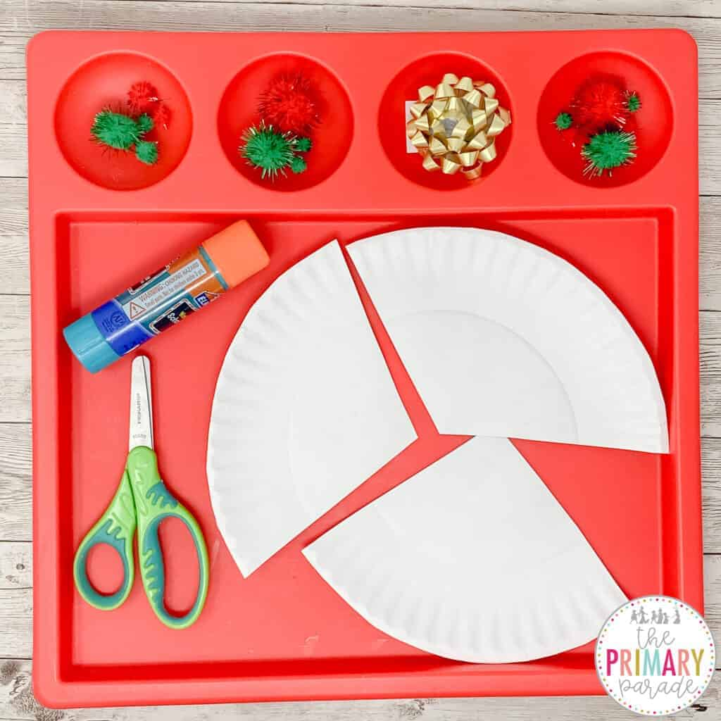 This Christmas tree craft is an easy and cute Christmas craft for kids