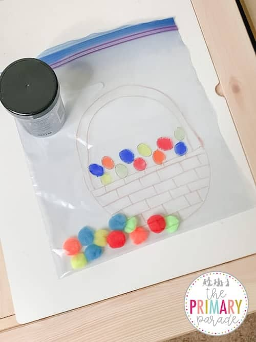 Easter sensory idea in a bag. Add hair gel and pom poms and push the poms poms to activate senses.